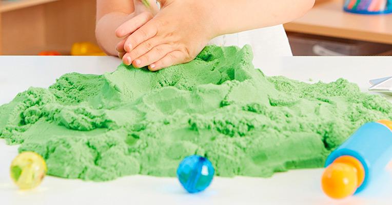 Make sand foam